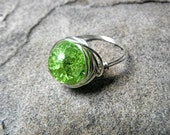 Apple Green Ring, Wire Wrapped Ring, Crackle Glass Bead Ring, Bead Wire Wrapped Ring, Wire Wrapped Jewelry Handmade, Chunky Ring