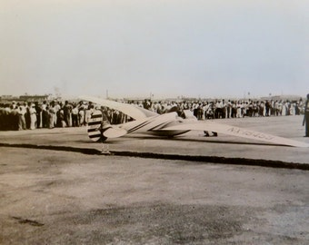 Original 1940's Hand Tinted Chicago Municipal Airport Aviation Show Snapshot Photo - Free Shipping