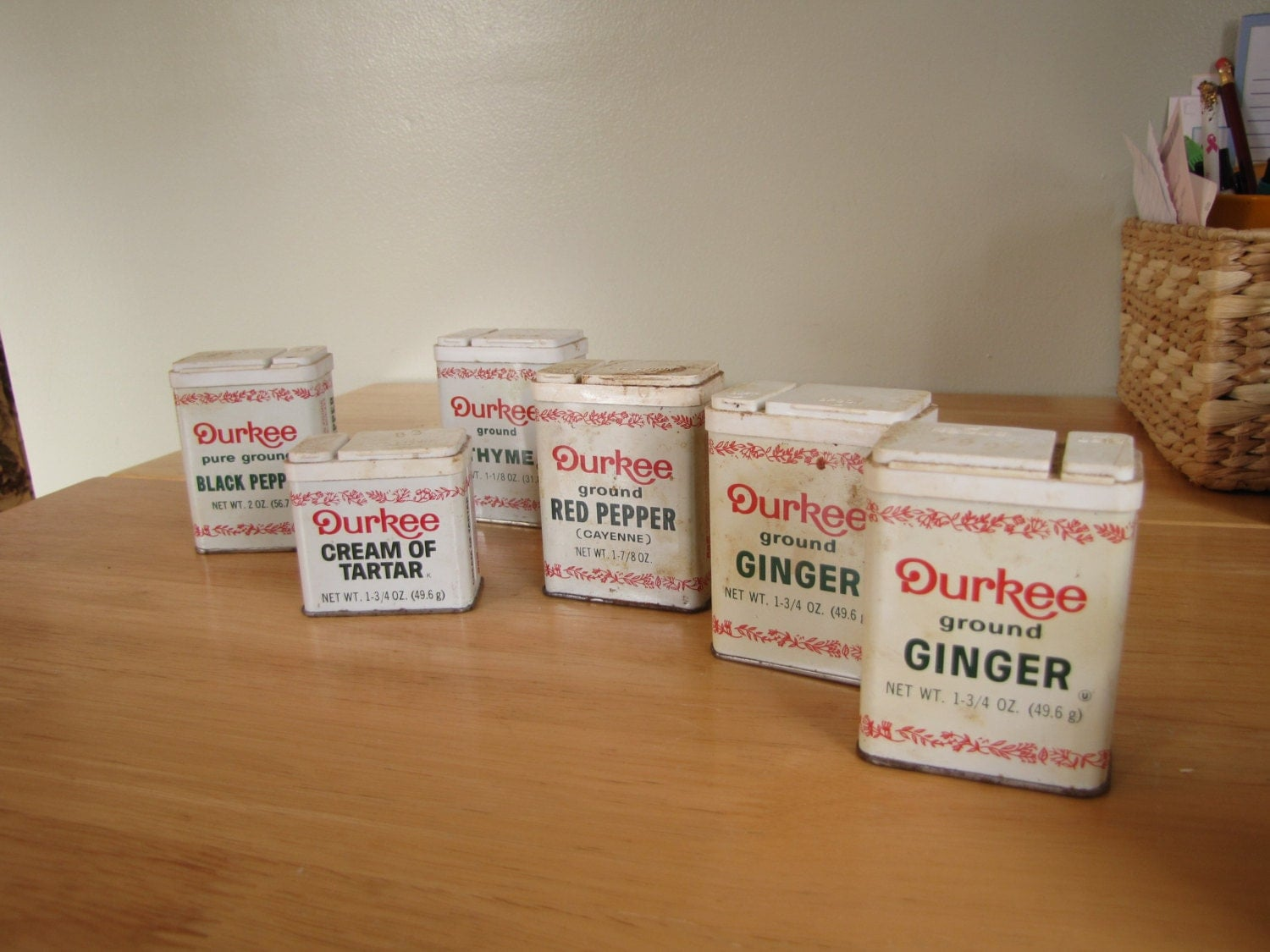 Vintage durkee spice tins lot of 6 tins for Retro kitchen set of 6 spice tins