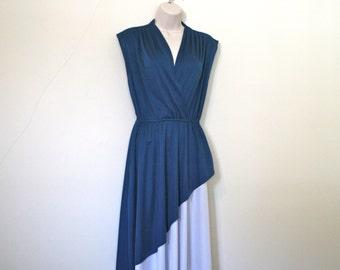 Free Ship / Vintage Color Block / Blue and White/ Deep Neck/ Wrap Dress