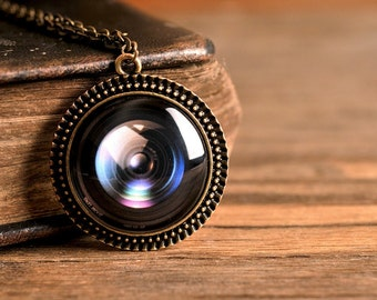 Camera lens pendant, antique brass pendant, glass dome pendant, antique brass necklace, camera lens necklace, gift for photographer