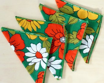 Vintage Floral Green Napkin Set of Four