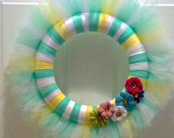 "Customizable 10"" Tulle Wreath [Sample Only]"