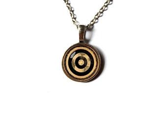 Bullseye charm Archery pendant Antique style vintage art jewelry NW186