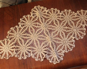 Vintage lace doily or table-topper diamond shape, 24.5 in by 15 in