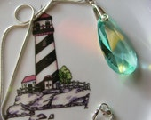 "Necklace: Vintage-look pale green 38mm Crystal ~ prism pendant with silver-plated pinch bail & 16.5"" snake chain"