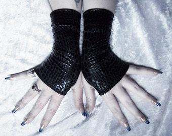 Serpent Coil Wet Look Fingerless Gloves - Black Snake Reptile Print - Vampire Gothic Visual Industrial Dark Tribal Fusion Bellydance Glam