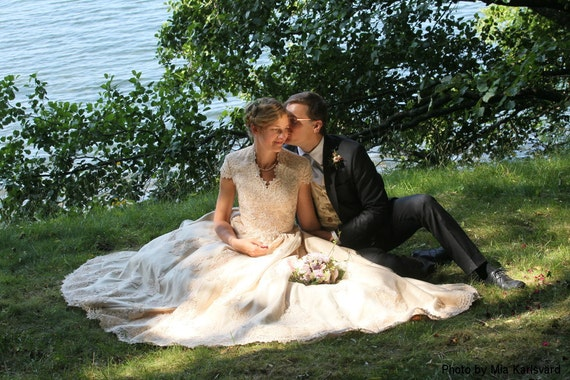 Champagne Country Wedding Dress With Cap Sleeves Vintage