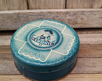 """Blue Candy Tin, """"Baronie Pastilles""""-- French, Romantic, Vintage, Country Chic, Decorating, Period decor"""