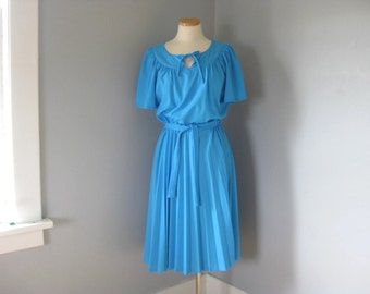 1970s Vintage French Blue Dress Size 12, Secretary Tress, Flutter Sleeves, Sash, Pleated