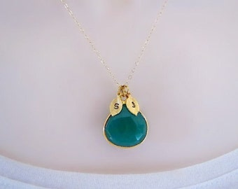 Emerald Necklace, Initial Necklace, Mothers Necklace, Personalized Necklace, Gold Necklace, Gift for Her, May Birthstone, Pendant necklace