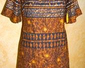 Vintage 1960 Hawaiian Brown/Gold Batik Barkcloth Dress Made In Hawaii by Kijomi XS