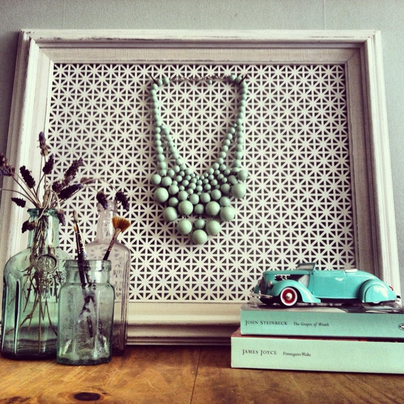 Custom Jewelry Display Frame: Vintage Picture Frame Jewelry Display In Antique White