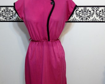 1980's Dark Pink Rockabilly Dress by Doo Dad, Size Medium Size 8,  Vintage 1980's does 1950's Pin Up  Doo- Dad Dress with Button Detail
