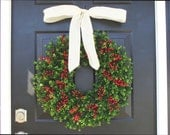 Boxwood and Red Berries Christmas Wreath- Holiday Wreaths- Winter Wreath- Holiday Decor- Christmas Decor- Christmas Decoration- 14-24 inch