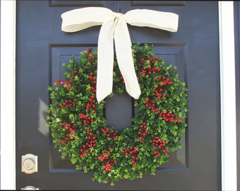 THIN Boxwood Red Berries Christmas Wreath- Holiday Wreaths- Winter Wreath- Holiday Decor- Christmas Decor- Christmas Decoration- 14-24 inch