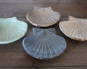 Bridesmaid Gifts Wedding Favors Corporate Gifts Bridal Shower Favors Beach Wedding Seashell Bowl Soap Dish or Jewelry Holder - Set of 5
