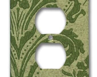 Green Damask Floral Swirl 1960's Vintage Wallpaper Single Outlet Plate