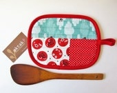Pot Holder - Patchwork red and aqua