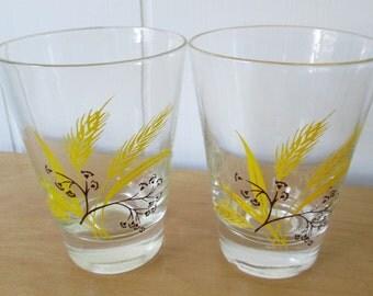 2 vintage wheat juice glasses