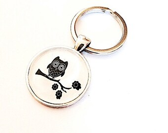 Whooter Owl Glass Keychain - Handmade Key Chain - owl on a branch - Owl Necklace - Owl keychain - Owl for him