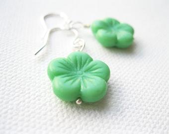 Sterling Silver & Mint Blossom Earrings Wasabi Green Flower Kawaii Sakura Earrings UK Seller  Contemporary Fashion Jewellery
