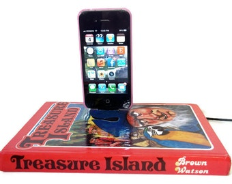SALE IPhone or IPod Charging Dock Station Treasure Island Mobile Accessories IPhone Docking Station Charger