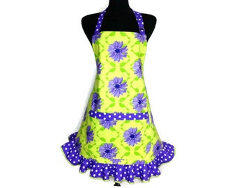Purple Floral Apron for women , Large Purple Flowers on Green with retro style ruffle , Adjsutable with pocket / Retro Kitchen Decor