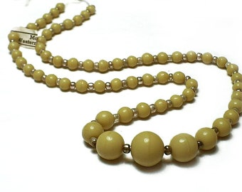 Strand of Vintage Graduated Glass Beads: Sand
