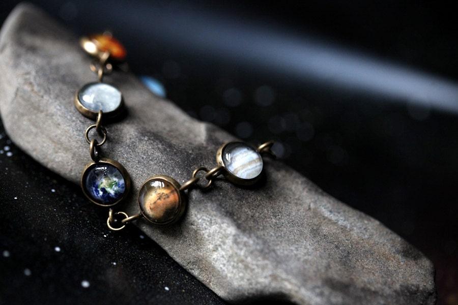 solar system bracelet - photo #13