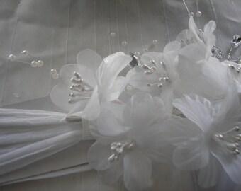 Handmade Wedding Headband, Wedding Headband with Silk Flower, Handmade Headband with Faux Pearls,, Wedding Headpiece,White Wedding Headpiece