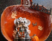 Halloween Decoration Mouse in Paper Mache Pumpkin Silver Charms Ghosts Spiders