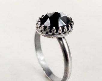 Black gemstone ring, Sterling Silver, black spinel, Crown setting