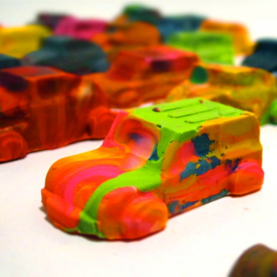 kid 39 s car crayons recycled crayons mini car recycled rainbow crayons set of 6 recycled. Black Bedroom Furniture Sets. Home Design Ideas