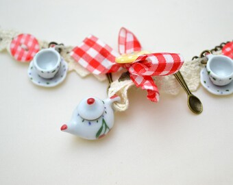 Teapot and tea cup Charm bracelet - alice in wonderland,christmas gift,stocking filler,tea party
