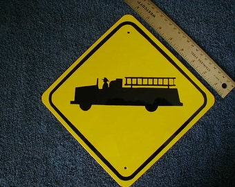 Metal Mini Fire Truck Traffic SIGN    Free Shipping
