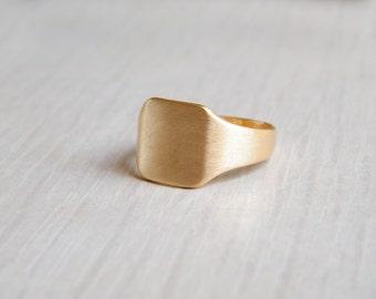 Gold Square Ring, Gold Signet Ring, 14K Signet Ring, Womens Signet Ring