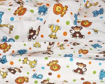 3611 - Animals Flannel Cotton Fabric - 60 Inch (Width) x 1/2 Yard (Length)