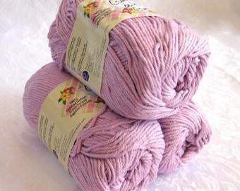 Light purple worsted weight yarn, 100% cotton, Creme de la Creme WOOD VIOLET, lilac