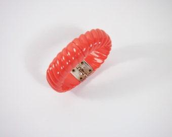 Plastic Hong Kong Hinged Bracelet Vintage 60s Jewelry