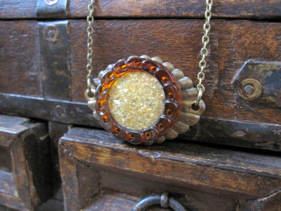 Escutcheon Necklace, Button Necklace, Vintage Button, Rustic Necklace, Upcycled, Mocha, OOAK, One of a Kind, Upcycled Jewelry, Copper