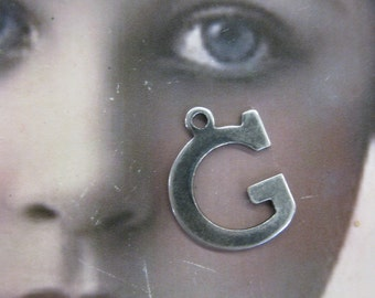16mm Varsity Font Silver Ox Plated Uppercase Letter G Charm 54SOX  x1