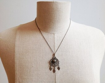 Vintage Silver Filigree Necklace.