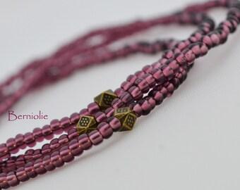 Beaded bracelet, purple glass seedbeads 2mm, stretchy, 7 inch, S32