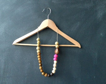Eco Natural Necklace made with Taguas and Natural Fibers. Pink, Brown, Off-White.