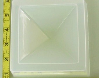 Pyramid paperweight mold 785 - great for resin crafts