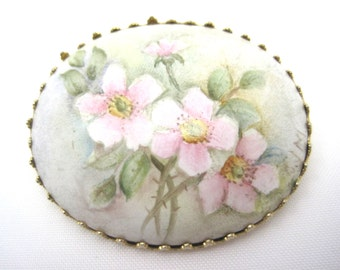 Vintage Hand Painted Brooch - Pink Roses