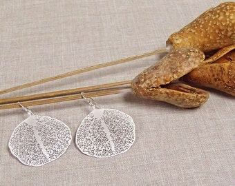 Matte Silver Filigree Leaf Earrings