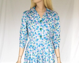 Vintage 50s Blue Floral Day Dress.  Size Medium