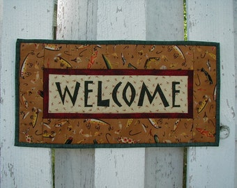 Quilted Welcome Wall Hanging - Fish Lures (UNWLC)